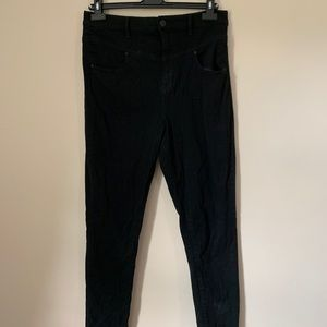 BDG URBAN OUTFITTERS 31W Seamless black jeans